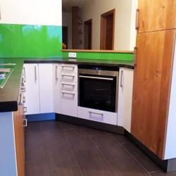 Küchen und Möbel